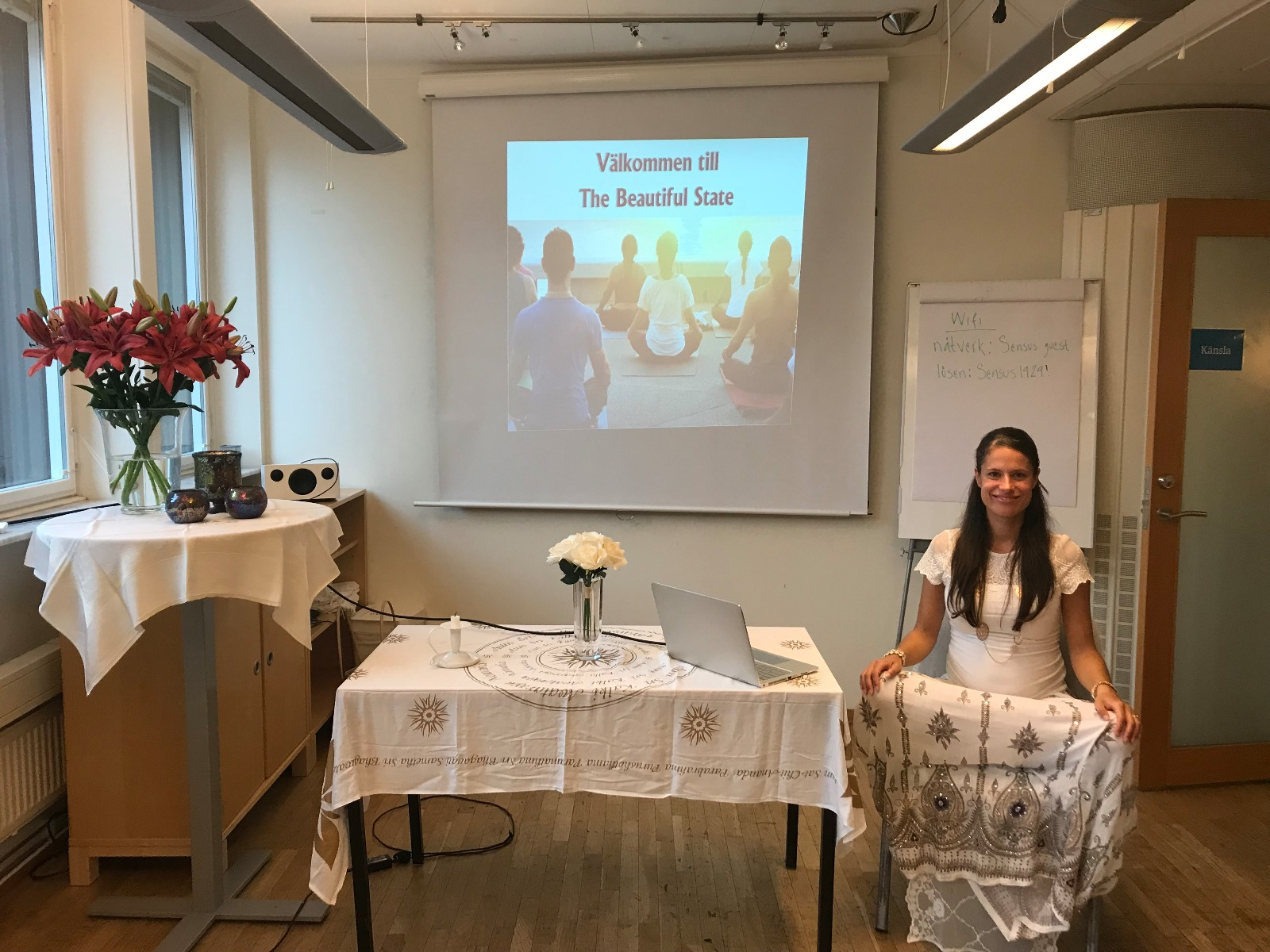 Love and grace fill the two days of The Beautiful State Course in Sweden as the participants experience synchronicities, mystical experiences and profound shifts.